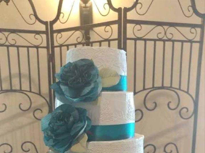 Tmx 1529170619 16a9c92ac2aac40b 1529170618 8f309e245ae2f7c9 1529170616218 10 IMG 0172 Conroe, TX wedding cake