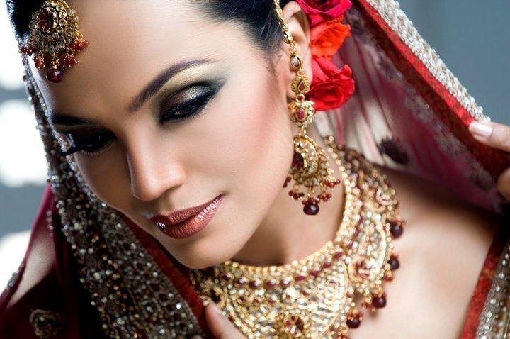 laiqa hasan latest bridal make up collection 2012