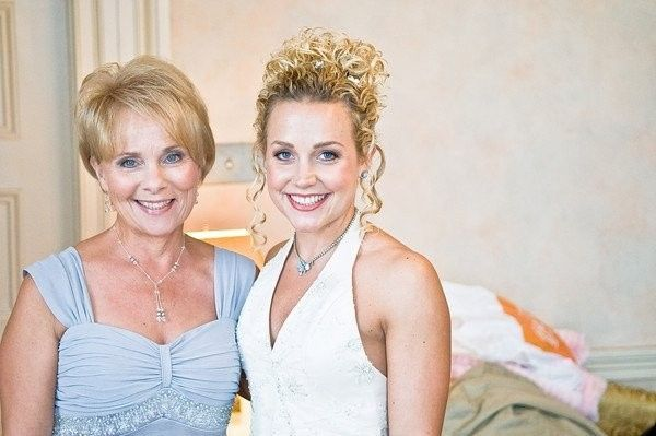 Beautiful Mother of the Bride makeup along with the Bride's makeup