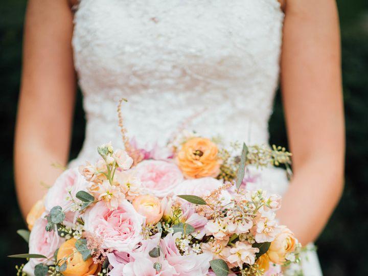 Tmx 1522687797 F1a07cb10e897024 1522687795 47975374c7ac3bd8 1522687768742 3 MrandMrsFultzMARRI Dayton wedding florist
