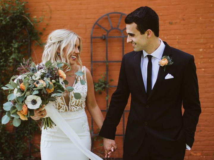 Tmx Jenn Manor Photography The Flowerman Ohio Diy Florist Whimsical Modern Organic Wedding Flowers 00 2 51 6817 159863566147367 Dayton wedding florist