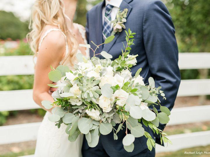 Tmx Rachael Leigh Photography Columbus Cincinnati Dayton Ohio The Flowerman Diy Full Design Wedding Florist Green White Garden Gathered Bridal Bouquet 51 6817 160207362485039 Dayton wedding florist