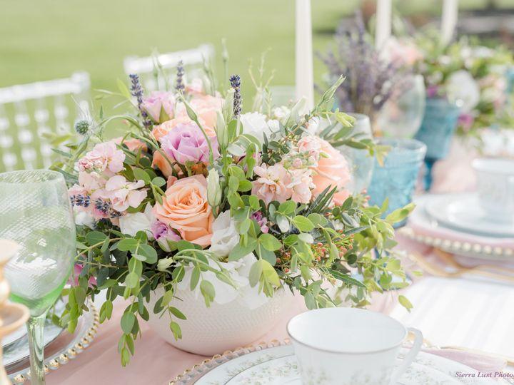 Tmx Sierra Lust Photography The Flowerman Ohio Diy Do It Yourself Wedding Flowers Roses Thistle Lavender Pink Green Purple Blue White Centerpieces 02 51 6817 160207398560435 Dayton wedding florist