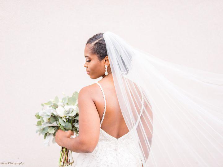 Tmx Stephanie Kase Photography The Flowerman Ohio Wedding Florist Diy Flowers Dayton Cincinnati Columbus White Green Bridal Bouquet Bride 51 6817 160207396257044 Dayton wedding florist