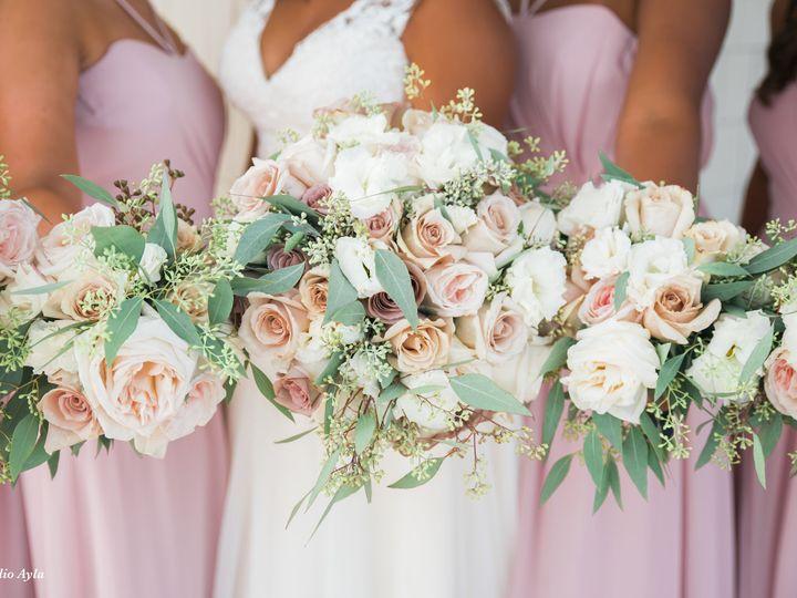 Tmx Studio Ayla The Flowerman Ohio Wedding Florist Summer Rose Garden Bouquet Bridal Bridesmaids 51 6817 160207403278938 Dayton wedding florist