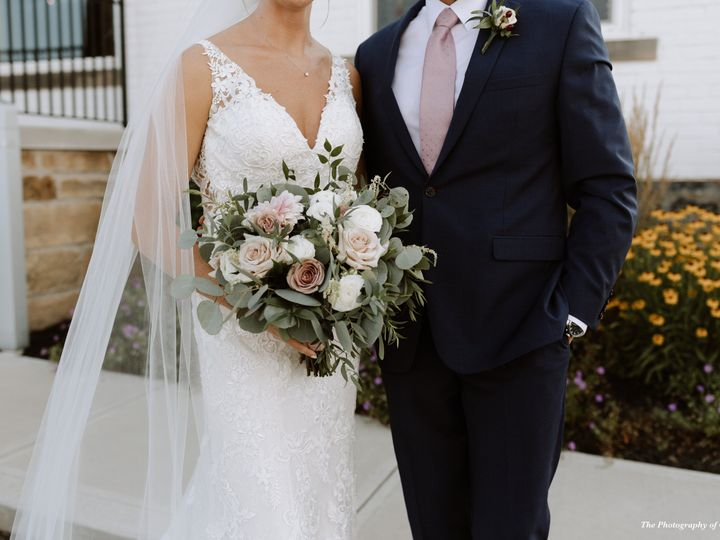 Tmx The Photography Of Olivia G The Flowerman Ohio Diy Wedding Flowers Mauve White Green Bridal Bouquet 51 6817 160207409457648 Dayton wedding florist