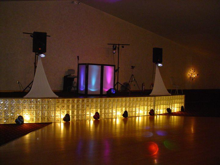 Mashauds party center