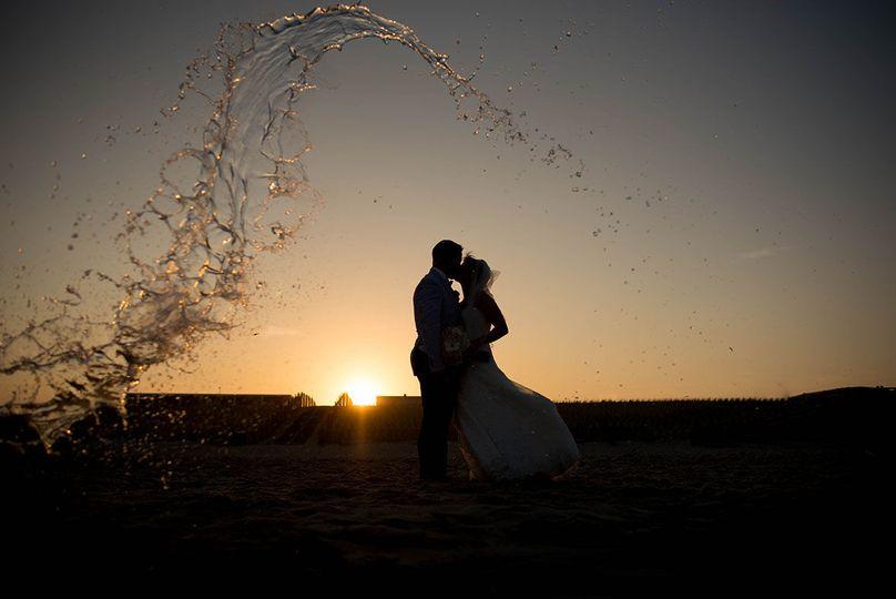40e9e1702fe0e20f 1533246097 fa949d7ab9273ee9 1533246091650 9 LBI Wedding Photog