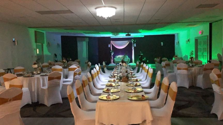 Green lighting for the reception