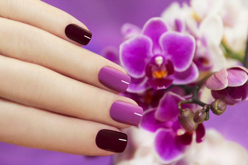 purple nails m