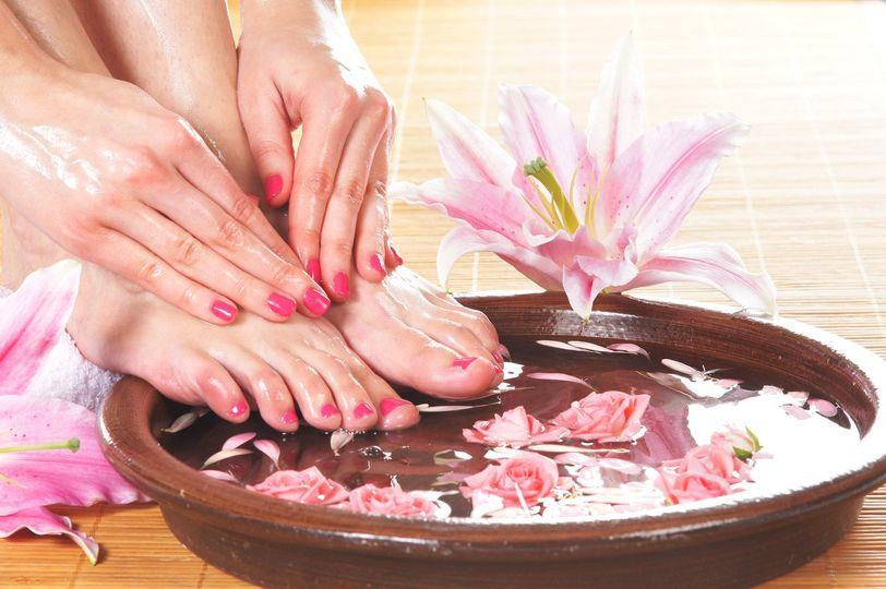 spa hands feet m