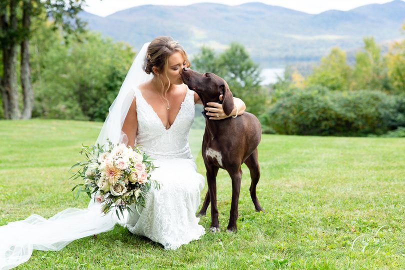 Bring Your Dog to the Wedding!