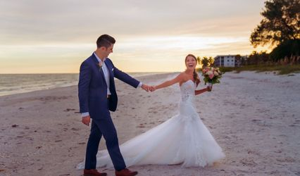 Town & Country Bridal and Formalwear