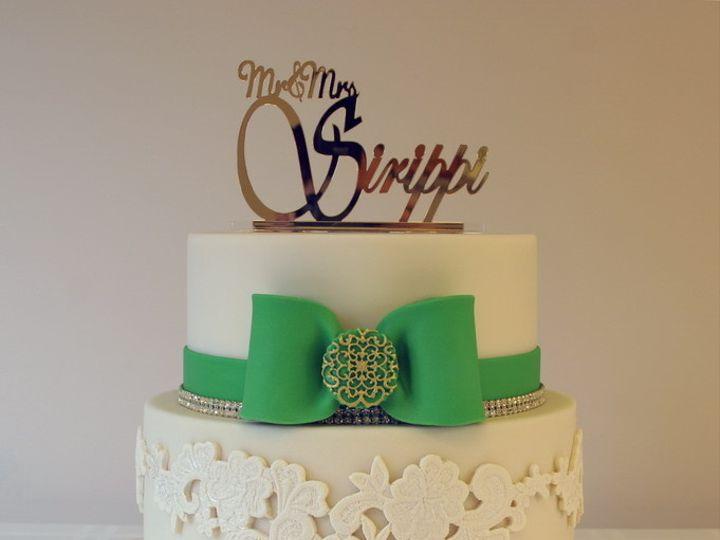 Tmx 1389715348413 Img2528 Fixedresize Green Bow Engagement Cak Piscataway wedding cake