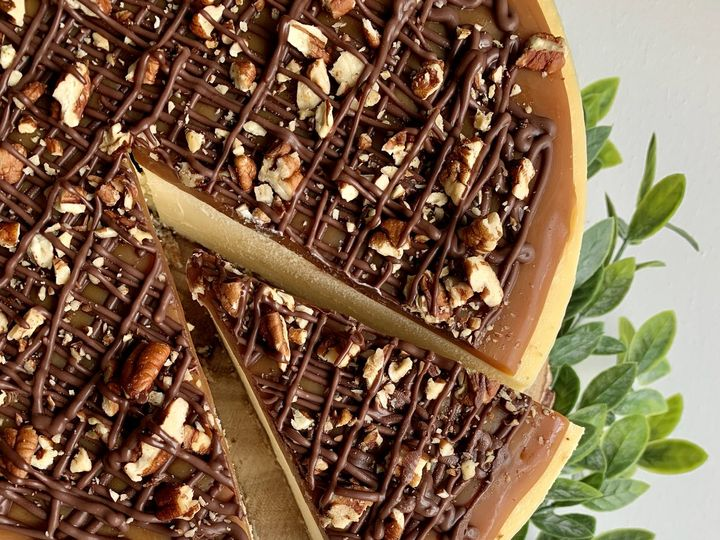 Tmx Turtle Cheesecake 51 1883917 159821398422323 Colchester, VT wedding cake
