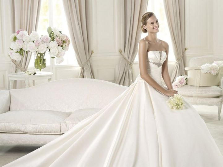 Blue house bridal dress attire carmel in weddingwire for Wedding dress cleaning birmingham