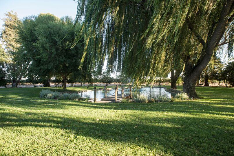 Mettler Family Vineyards lake