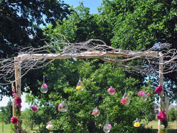 Tmx Pink Gerbera Altar 51 591027 North Richland Hills, TX wedding florist