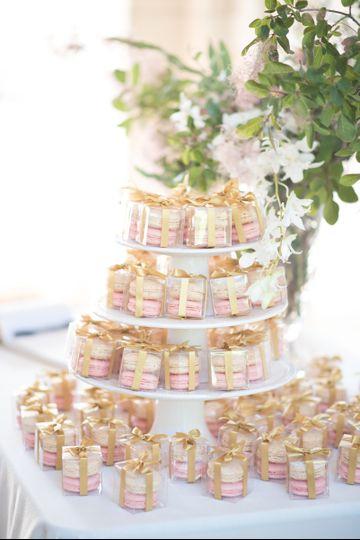 Macaron set tower