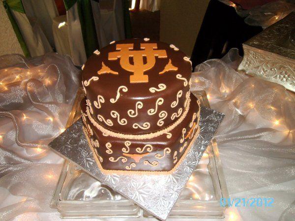 Tmx 1331860264912 001 Hurst wedding cake