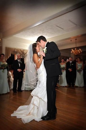 800x800 1268881543945 firstdance