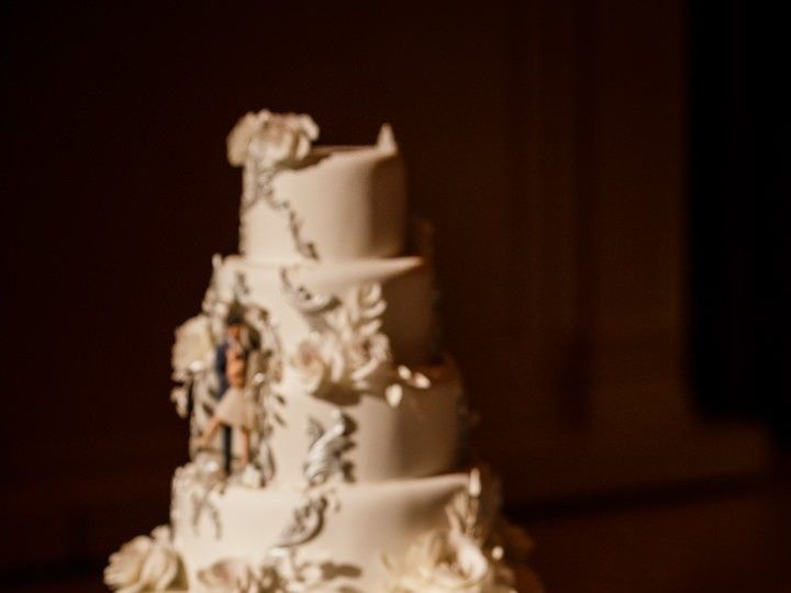 Tmx 059 Ifshin Highlights 51 1875027 158750207075536 Brooklyn, NY wedding cake