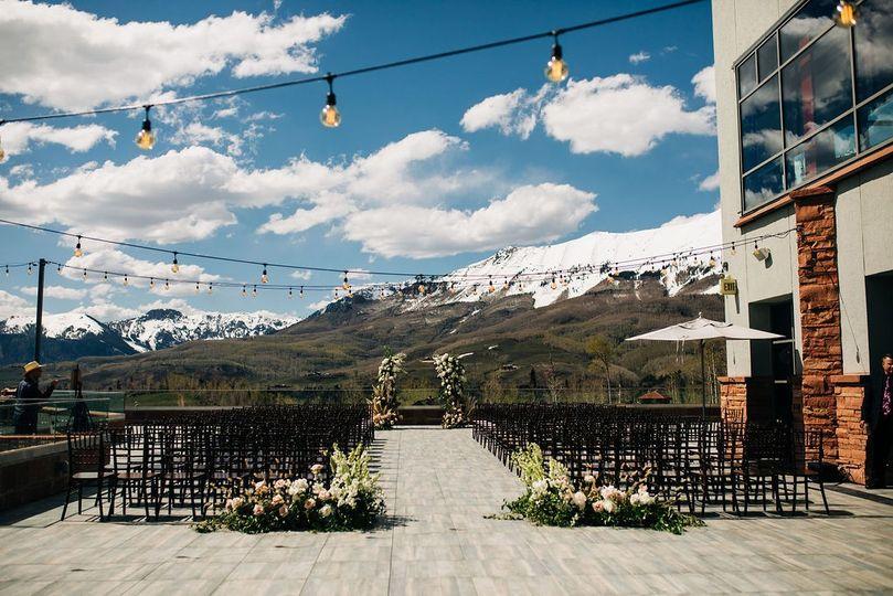 Wilson Terrace at The Peaks