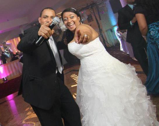 Tmx 1524516291 Cf7c32cda1f78f40 1524516290 1f5b373c9307f99f 1524516284385 5 547631 34739800538 Bronx, NY wedding dj