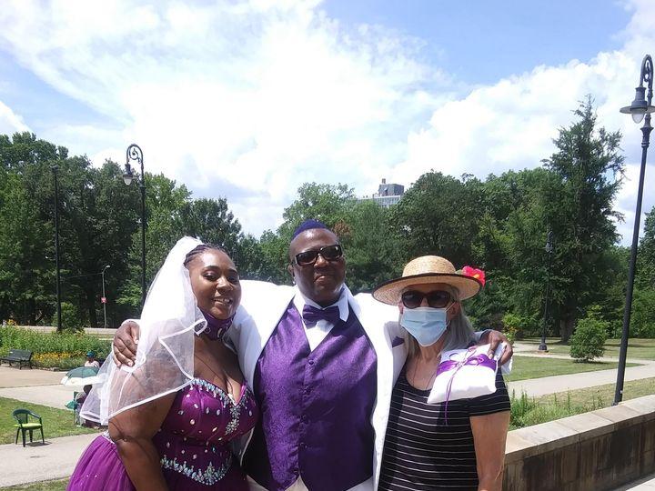 Tmx Marlena And Keanna Jones 7 17 20 51 411127 161349705812405 Carnegie, PA wedding officiant
