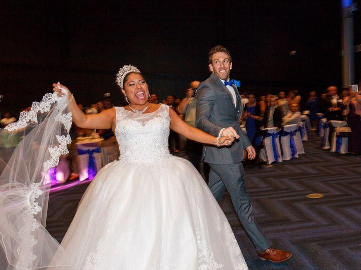 Tmx Untitled 393 51 951127 158171134597196 Virginia Beach, VA wedding photography