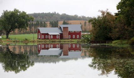The Barn at Mirror Lake 1