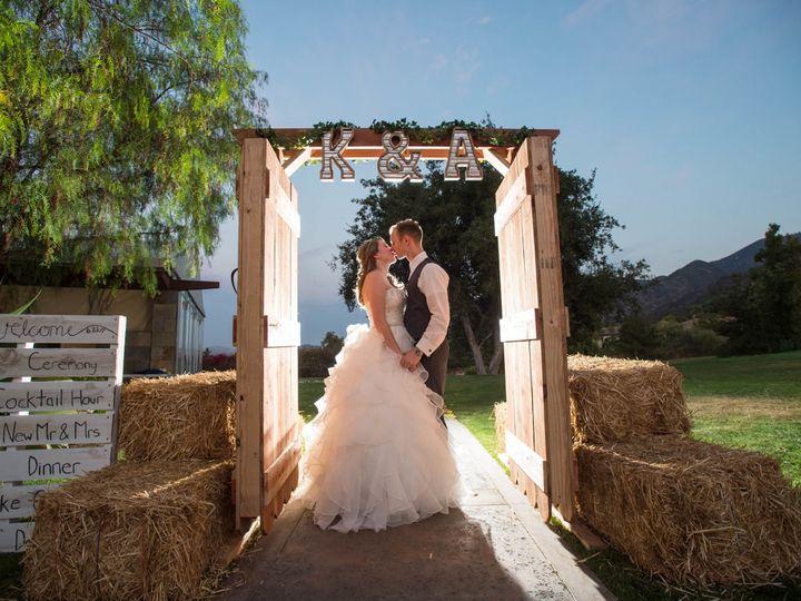 Tmx 1521214221 0b496179fbccbaeb 1521214217 9efc56e2159774e3 1521214216639 12 0521 2 Riverside wedding photography