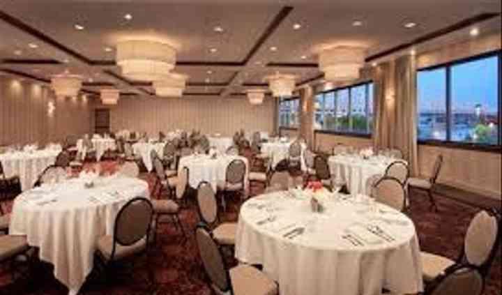 Sheraton Louisville Riverside Hotel
