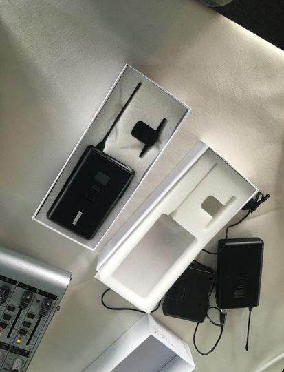 Wireless lapel mics