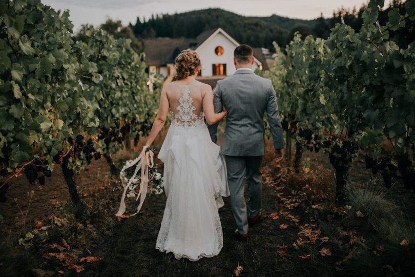A stroll through the vines