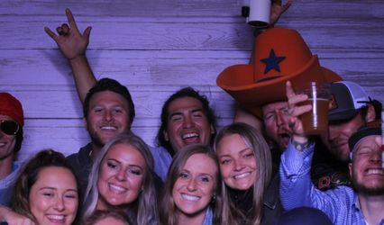Prop and Drop Photo Booth, LLC