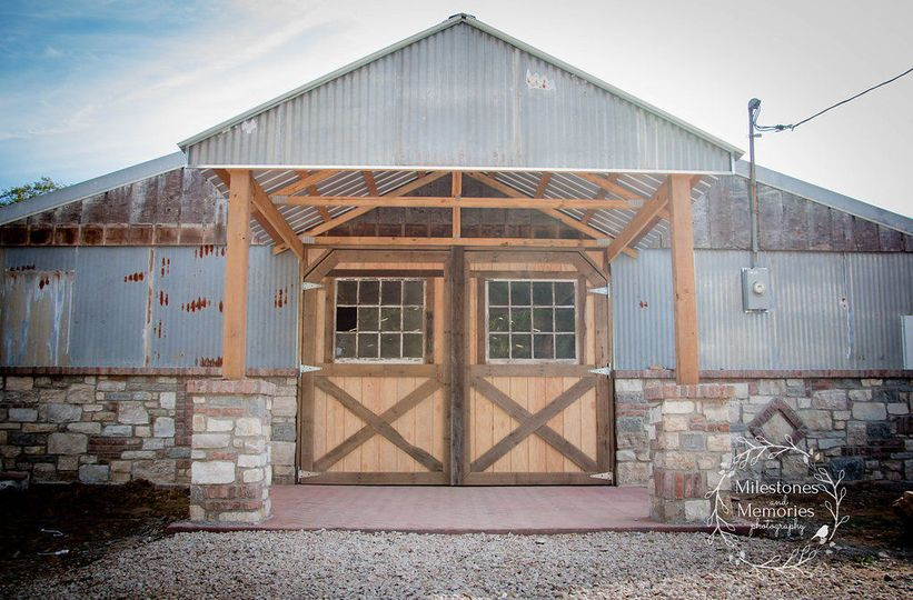 True rustic wedding barn