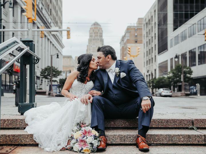 Tmx A16a8300 51 1354227 159658603776433 Buffalo, NY wedding photography