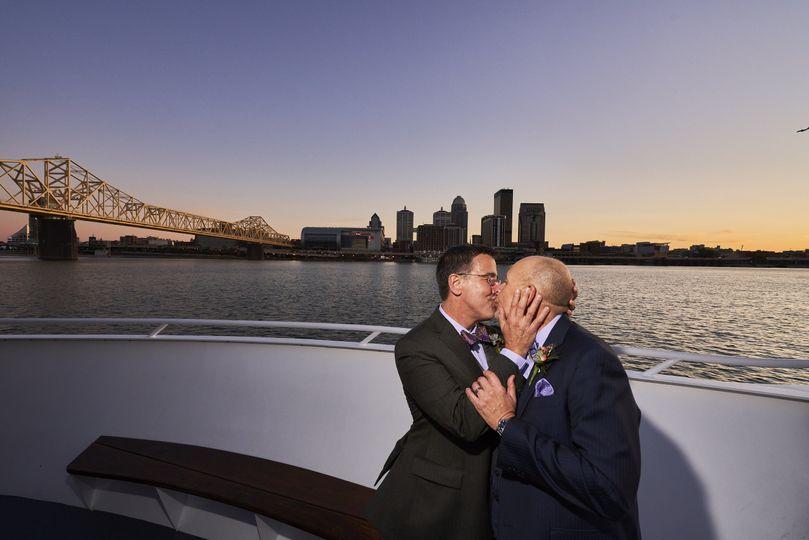 Billy & Joe sunset kiss