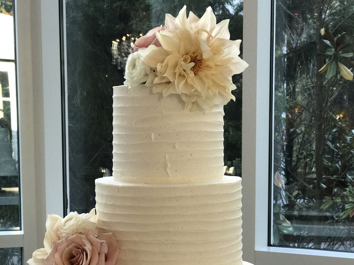 Tmx 1483021772601 Ashton Gardens Suwanee, GA wedding cake