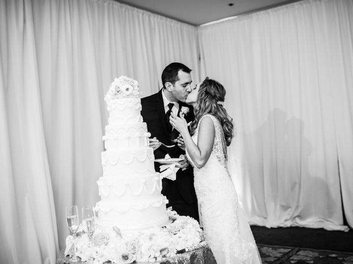 Tmx 1483022620301 963tarajoelwedding Suwanee, GA wedding cake