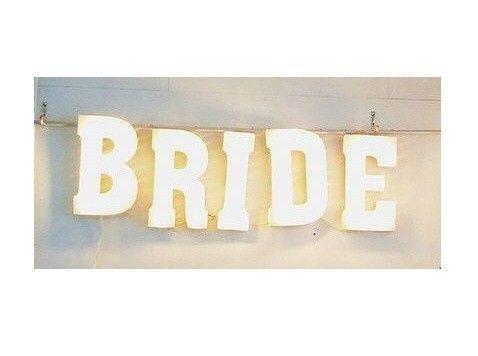 bride marquee 4