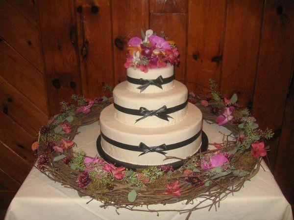 Tmx 1296159740487 IvoryFondantwBlackBows Pawtucket, RI wedding cake