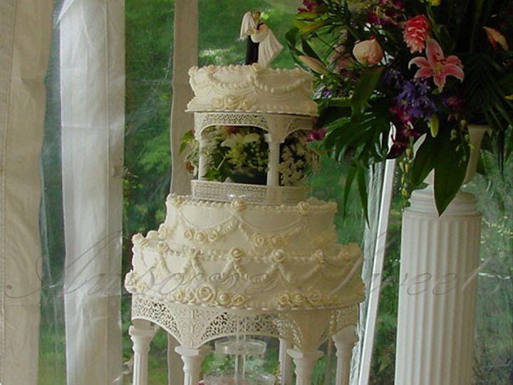 Tmx 1393439788383 Wed006 Pawtucket, RI wedding cake