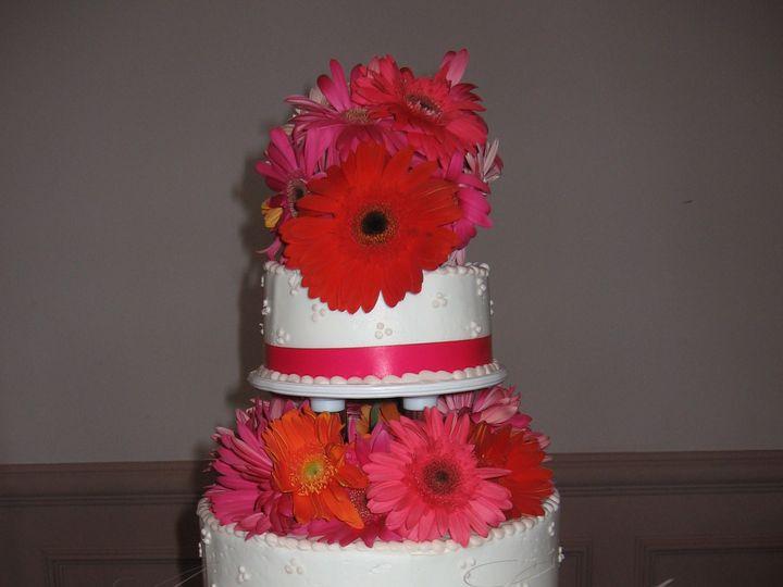 Tmx 1393439796035 Wed007 Pawtucket, RI wedding cake