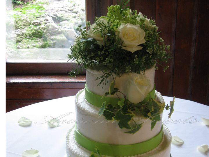 Tmx 1393439821175 Wed007 Pawtucket, RI wedding cake