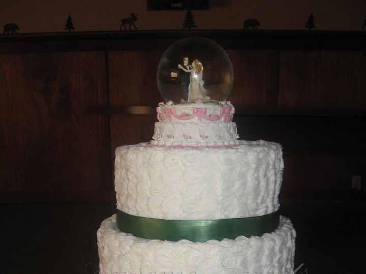 Tmx 1393440019536 Wed014 Pawtucket, RI wedding cake