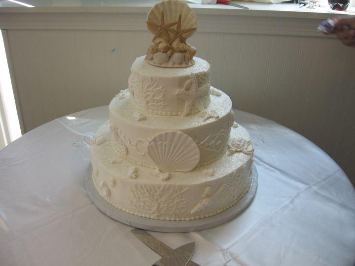 Tmx 1393440195133 Wed020 Pawtucket, RI wedding cake