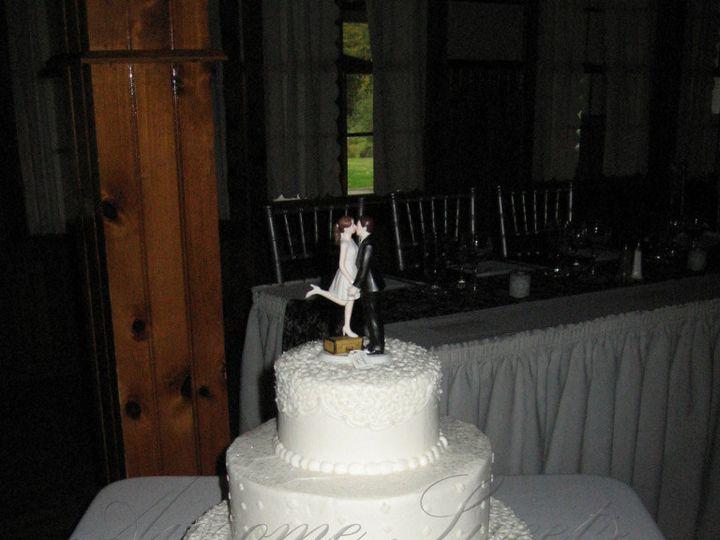Tmx 1393440232706 Wed021 Pawtucket, RI wedding cake