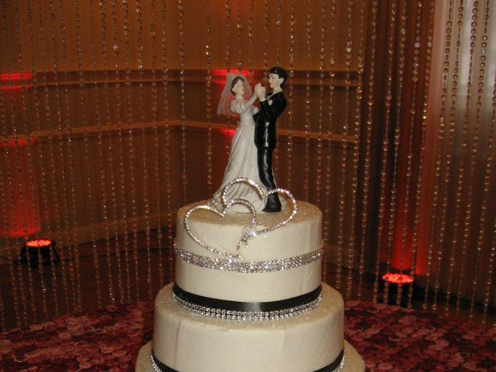 Tmx 1393440287334 Wed022 Pawtucket, RI wedding cake